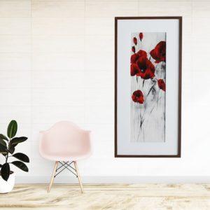 Quadro Rosas Vermelhas para Sala Quarto Hotéis Escritório, 53x113cm C/ Vidro 3mm e Moldura Reta em Madeira Natural na cor Tabaco