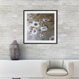 """Quadro Super Luxo Papoulas Brancas """"B"""" para Sala Quarto Hotéis Escritório, 60x60cm C/ Vidro 3mm e Moldura Reta na cor Dourado Envelhecido"""