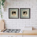 Par de Quadros de Cozinha Abstrata para Cozinhas, Lanchonetes, Restaurantes, 27x27cm C/ Vidro 2mm e Moldura em Madeira na cor Tabaco