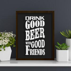 """Quadro Porta Tampinhas de Cerveja """"Good Beer"""" p/ Cozinhas Bares Área de Churrasco, 32x22cm C/ vidro 2mm e Moldura em Madeira na Cor Tabaco"""