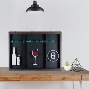 Quadro Decorativo 3 em 1 Porta Tampinhas, Rolhas e Lacres p/ Cozinhas Bares Área de Churrasco, 60x40cm C/ vidro 3mm e Moldura em Madeira na Cor Tabaco